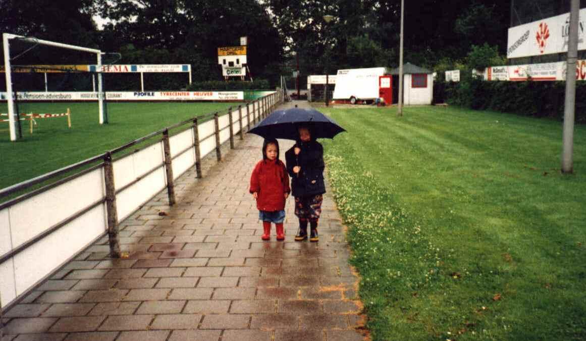 Kleine Kreuzjes als supportertjes (2000)
