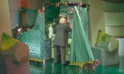 wizard-of-oz-curtain