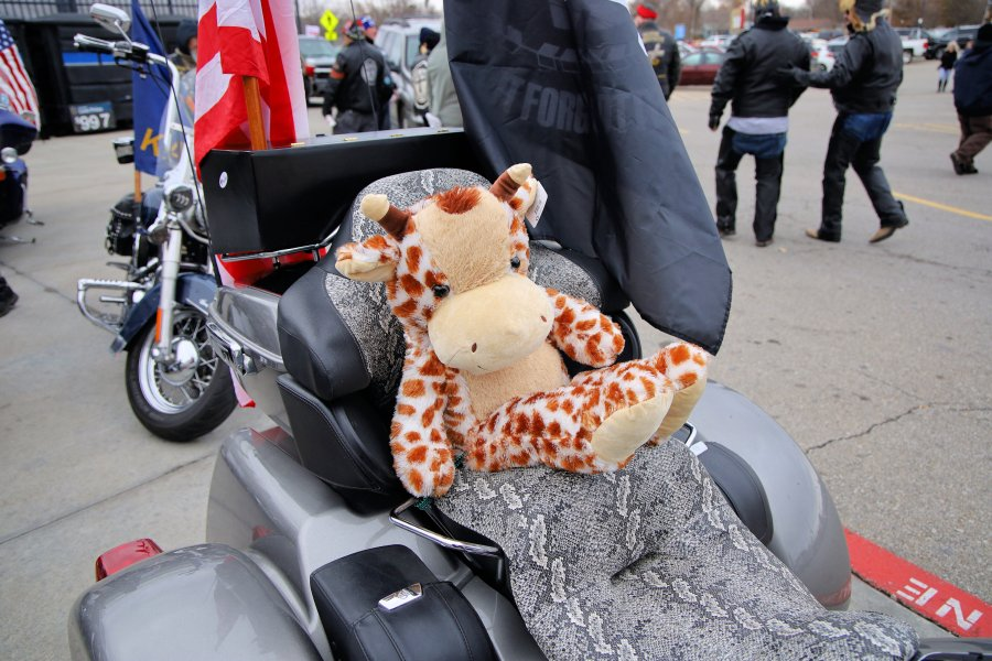 Toys For Tots Ride Draws Large Group Of Riders Ksnt News