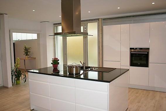Küchenrückwände von HORNBACH Milchglas wirkt in dieser Küche sehr - küchen team 7