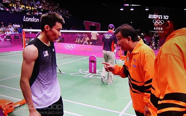 gambar lee chong wei badminton olimpik 2012