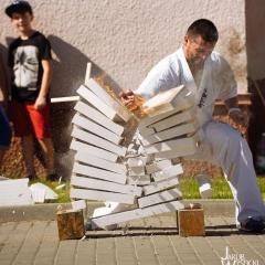 Dzień Dziecka w Dąbrówce okazją do promocji sportu i zdrowego stylu życia poprzez świetną zabawę!