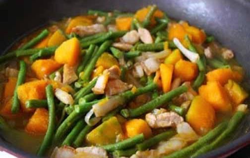 Ginisang-Sitaw-at-Kalabasa-Recipe