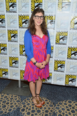 mayim-comicon