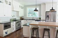 Farmhouse country style kitchen, Cloud White cabinets ...