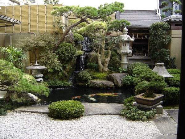 japanese_courtyard_garden_japan