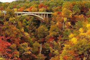naruko_gorge_autumn_colors