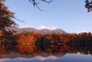 shiretoko_five_lakes_autumn_color