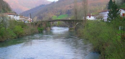 photo-pont-bidarray-grande-nive-pays-basque-20mars2011-2