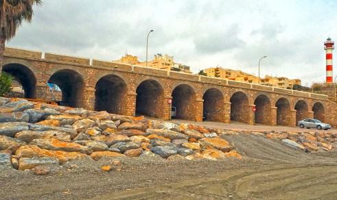 Adra - Once Puentes y el Faro desde la Playa La Caracola - Autor Pepe Díaz