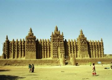 Mezquita de Yenné / Shutterstock