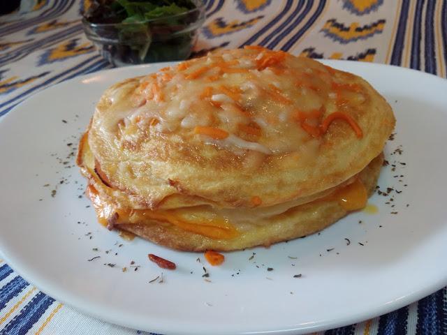 Pastel de tortillas con jam n queso la cocina de pedro y for Cocina de pedro y yolanda