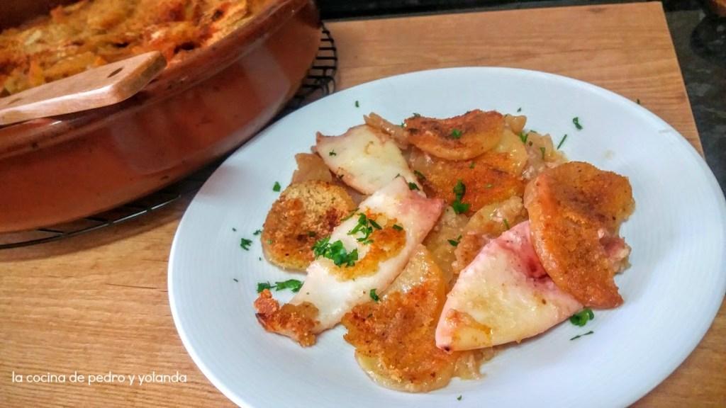 cazuela de calamares al horno