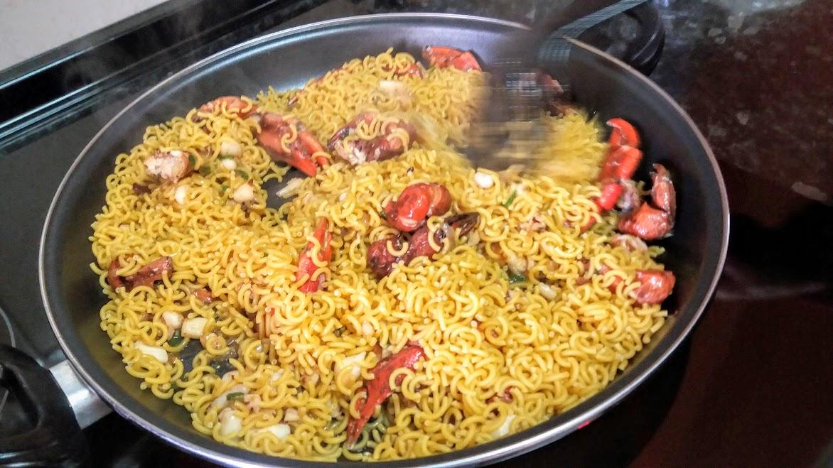 Fideua de sepia y gambas la cocina de pedro y yolanda for Cocina de pedro y yolanda
