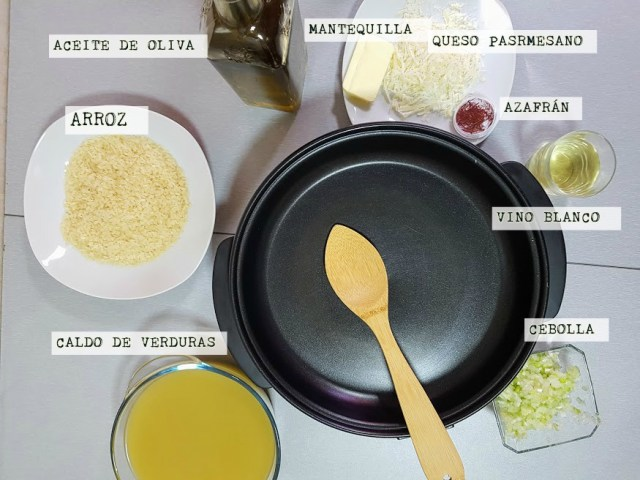risotto al azafrán ingredientes