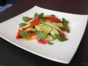 Pappardelle con zucchine e pomodorini