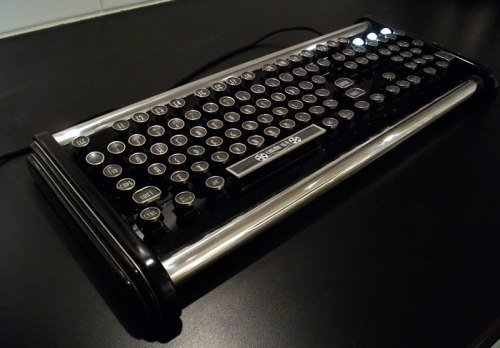 datamancer-adds-the-deco-model-to-its-custom-keyboards-line-2