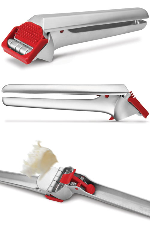 World s Most Efficient Garlic Press