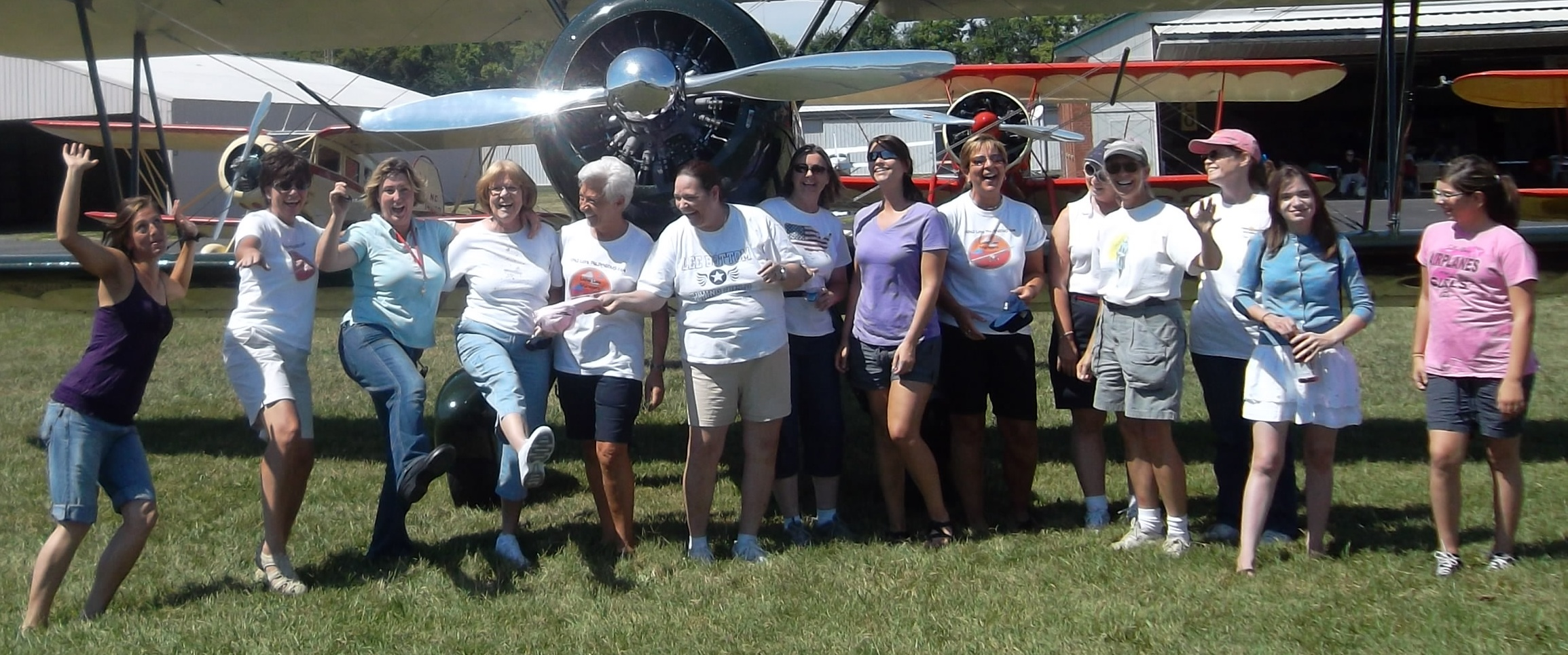 Lady Taildraggers 2011 Fly-in Video!