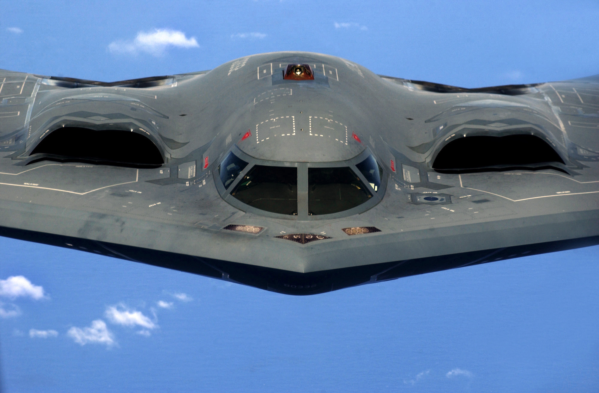 Must see Stealth Bomber Refueling