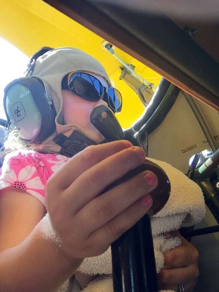 Hatz Biplane: I got it grandpa!