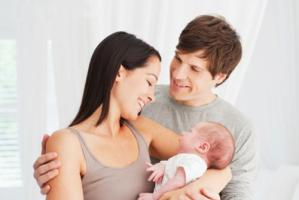 Cura dei figli, parità mamma-papà non esiste in nessun Paese al mondo