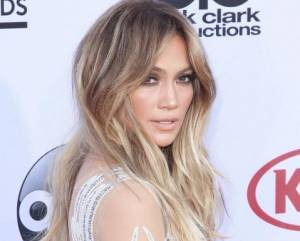 Jennifer Lopez travolta dalle critiche: ha collaborato con...