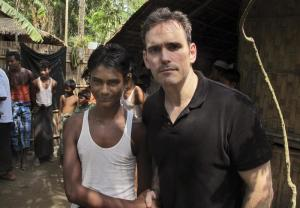 "Matt Dillon, star Hollywood visita campo profughi in Birmania: ""Straziante"" FOTO05"