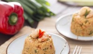 Ricette di primi: riso saltato con gamberi e anacardi