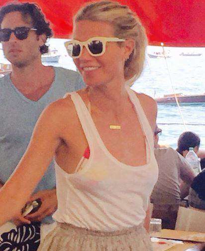Gwyneth Paltrow, week end a Positano col fidanzato Brad Falchuck FOTO