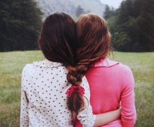 """Migliore amica col """"vocione""""? 5 atteggiamenti insopportabili"""