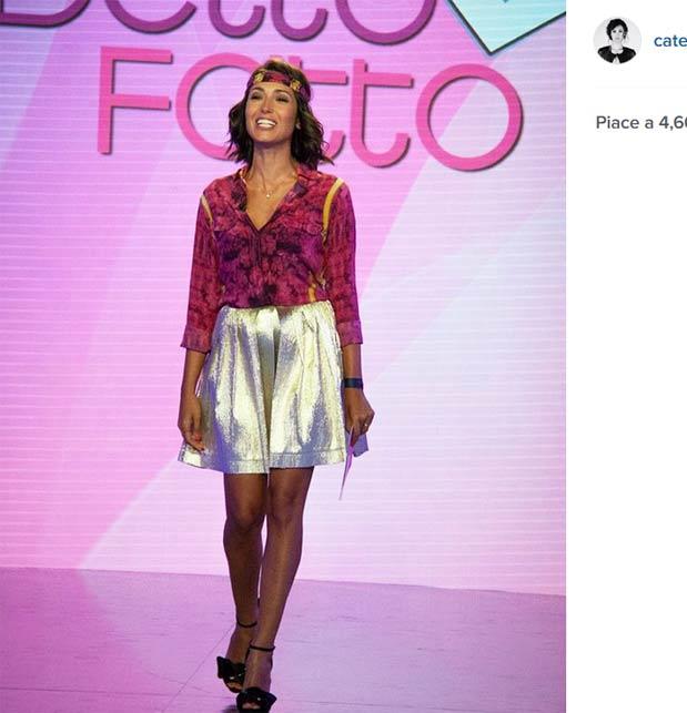 """Caterina Balivo a """"Detto Fatto"""": derisa sul web per il look"""
