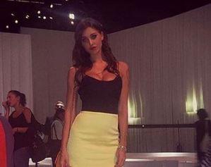 Belen Rodriguez, gambe da urlo alla settimana della moda FOTO