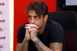 """Fabrizio Corona nuovo amore? Chi: """"Flirt con una delle Donatella"""