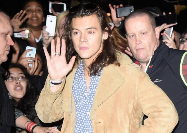 Harry Styles (One Direcion) umiliato: il gesto inaspettato