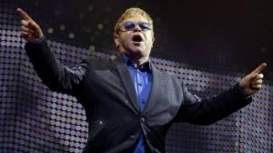 Elton John marito felice