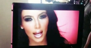 Kim Kardashian, com'era nel 2011: curve da urlo9