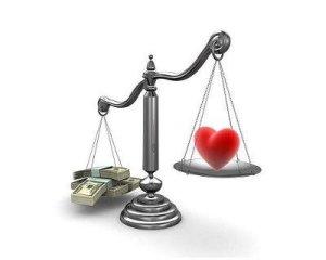 Coppia e soldi: 4 consigli per non rovinare l'amore