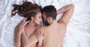 Dormire senza vestiti? Ecco perchè dovreste farlo, anche in inverno