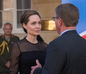 Angelina Jolie ingrassata FOTO tranquillizzano i fan 2