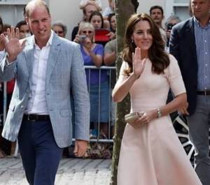 Kate Middleton è tornata! Super chic in abito rosa FOTO