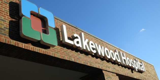 Lakewood City Council votes to put Lakewood Hospital closure issue on November ballot