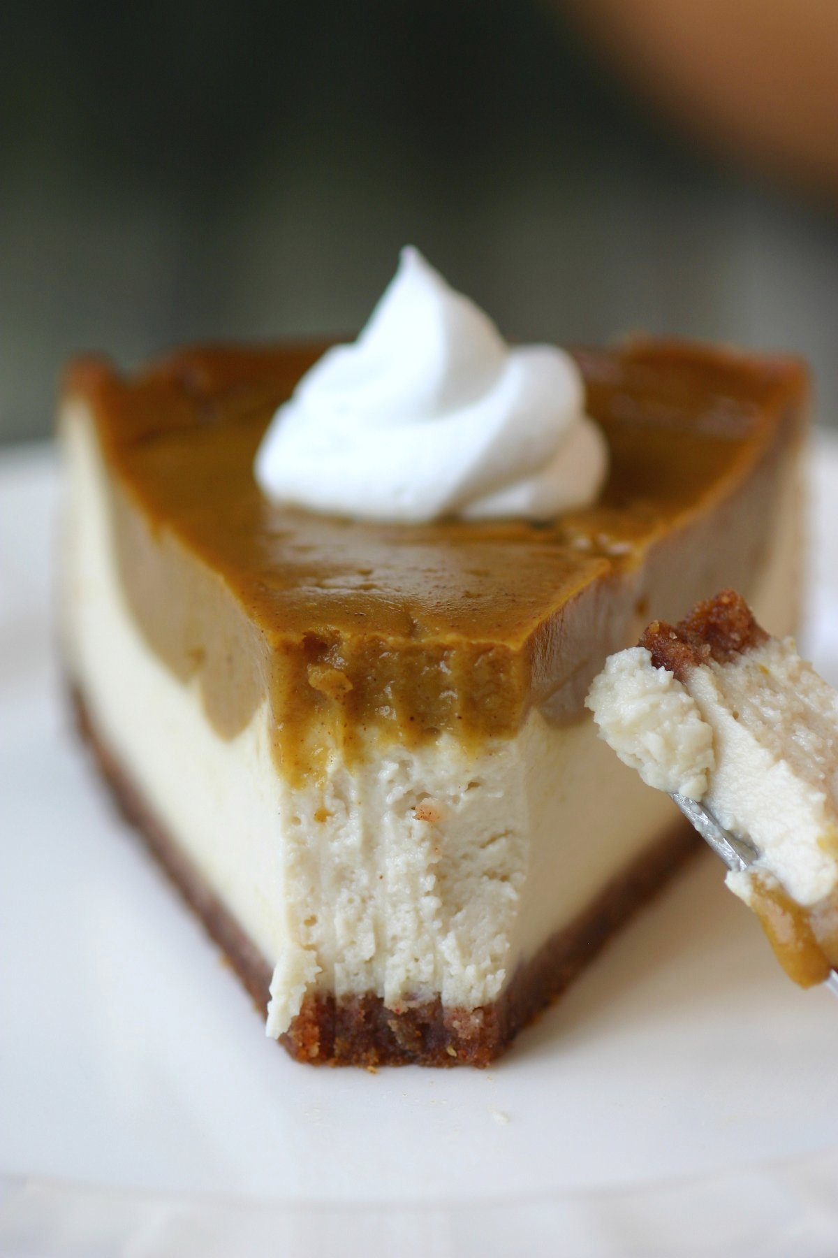 Vegan Pumpkin Pie Cheesecake | Lands & Flavors