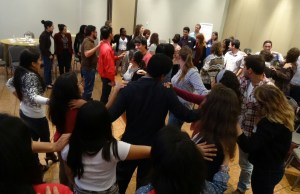 """Youth champions building a """"social net"""" during 2014 Global Landscapes Forum's youth masterclasses"""