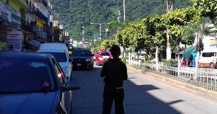 Grieta de 500 metros obliga a evacuar a más de 150 habitantes en municipio de SLP