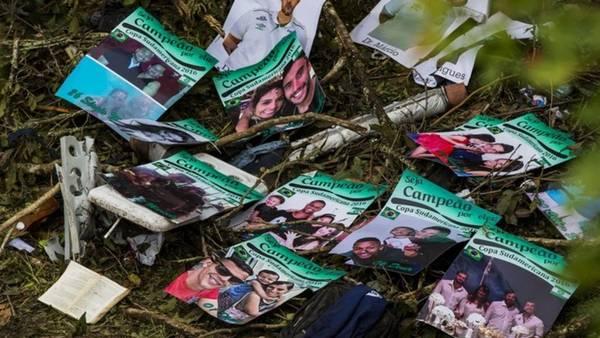 Los emotivos carteles del utilero del Chapecoense