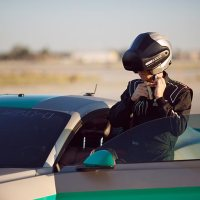 Durch die Virtual Reality driften