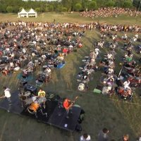 1.000 Musiker covern gemeinsam Foo Fighters