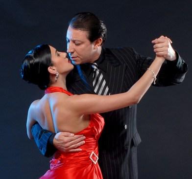 miguel angel zotto balla il tango con la ballerina daiana guspero