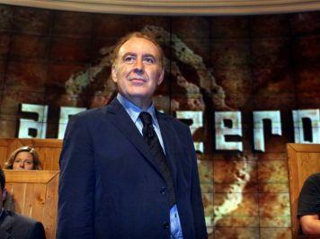 Michele Santoro conduttore giornalista Annozero RaiDue